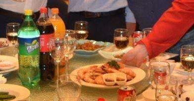 办满月宴龙虾被换的具体情况